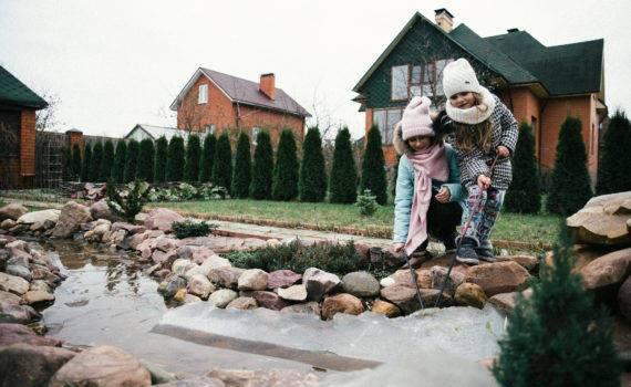 семейная фотосъемка на даче на природе