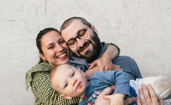 милая семейная фотография