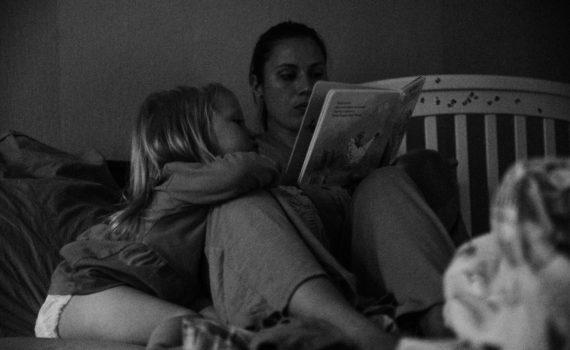 фотосессия матери и дочки