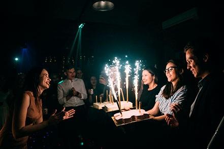 фотограф на день рождения торт