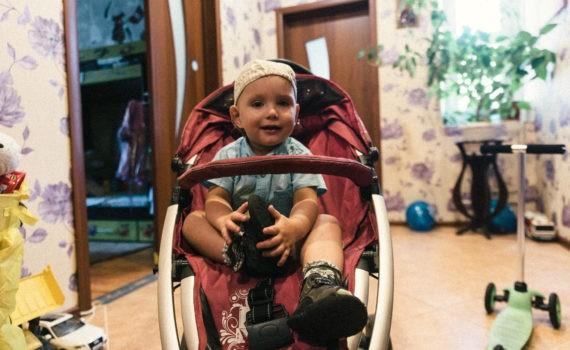 семейная домашная детская живая фотосессия