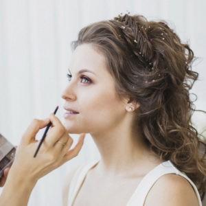 предсвадебная фотосессия, нанесение макияжа