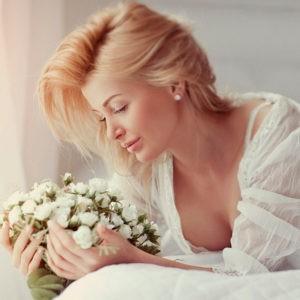 предсвадебная фотосессия, невеста с букетом