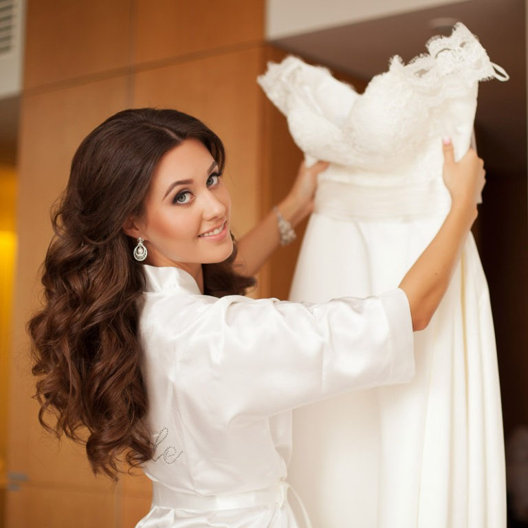 перед фото невест дома собой