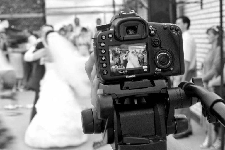 Фотосессия на свадьбе - вид от фотографа