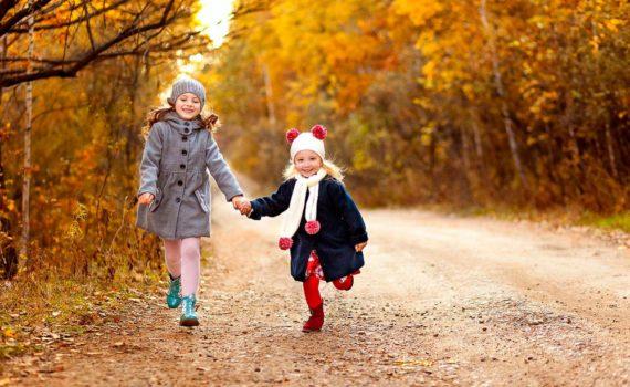 детская фотосессия на прогулке