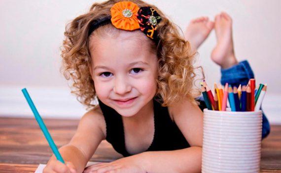 детская фотосессия, рисование