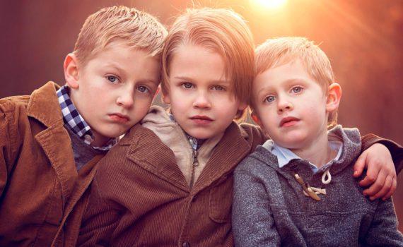 детская фотосессия с друзьями