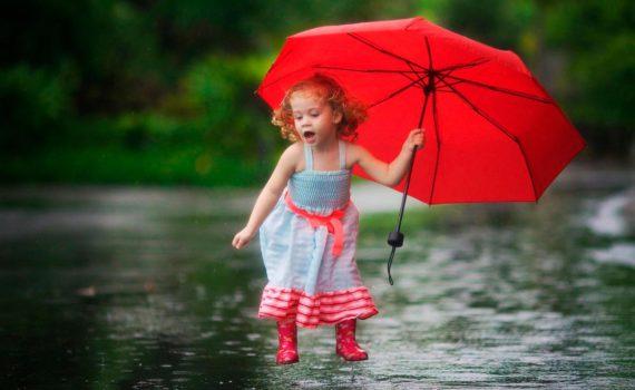 детская фотосессия в дождь