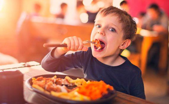 детская фотосессия, с едой