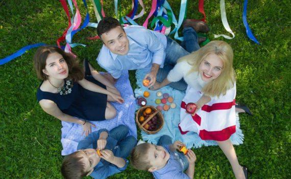 семейная фотосессия, интересный ракурс