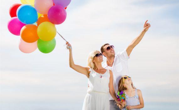 семейная фотосессия с шарами