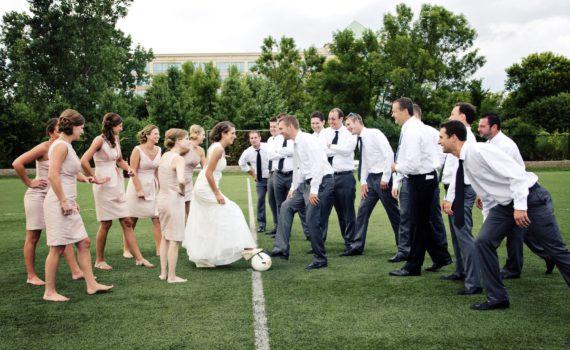летняя свадебная фотосессия спорт