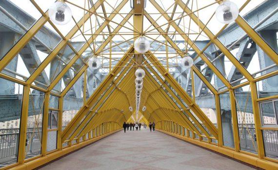 андреевский мост изнутри