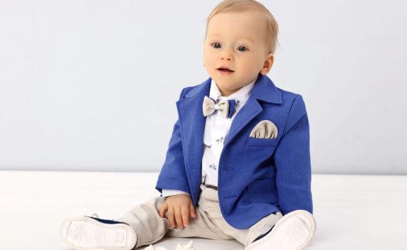 фотосесси мальчика на год в праздничном костюме