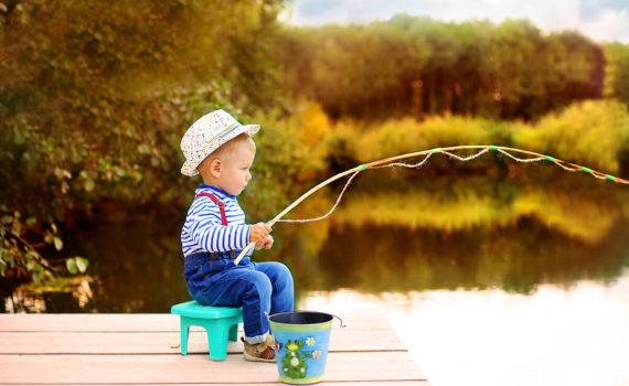 маленький рыбак фотосессия на год на природе