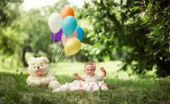 фотосессия ребенка на год с воздушными шарами