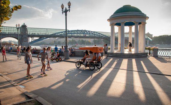 Парк культуры и отдыха им. М. Горького у воды