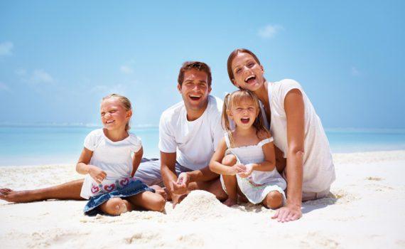 истинная радость семейная фотсоессия на море