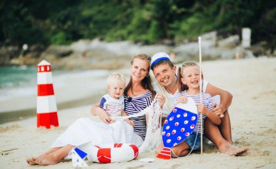 воздушный круг семейная фотосессяи на море