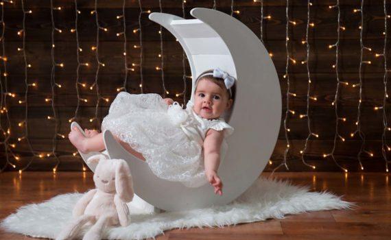фотосесси ребенка на год интересный костюм в студии