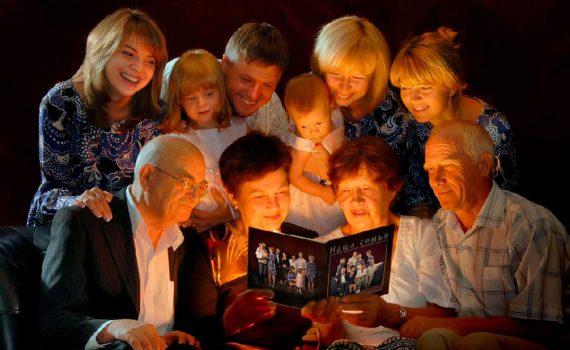 всей семьей фотосессия в студии с ребенком на год