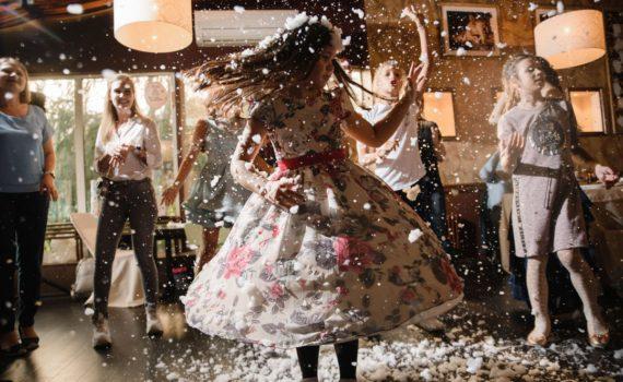 танцы шоу мыльных пузырей на день рождения