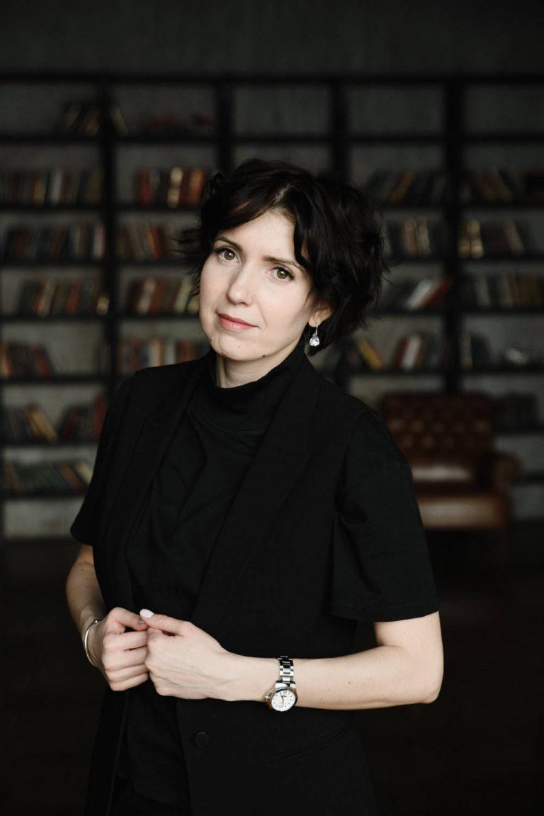 деловой женский бизнес портрет в студии в москве