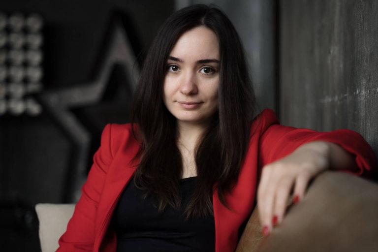 женский бизнес портрет в студии